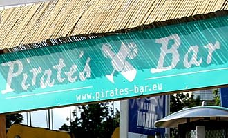 Pirates Bar Schild